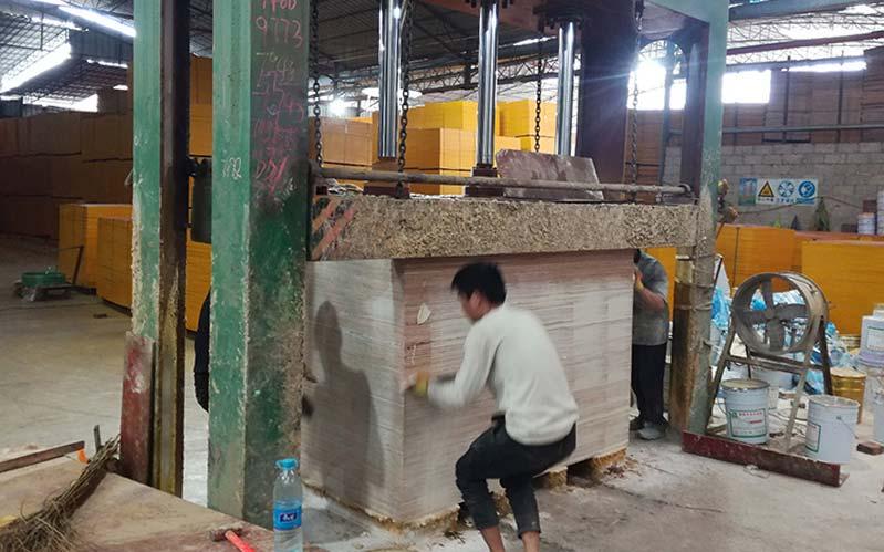 建筑模板成品封边设备