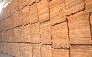 模板厂家基地-板材单板仓库