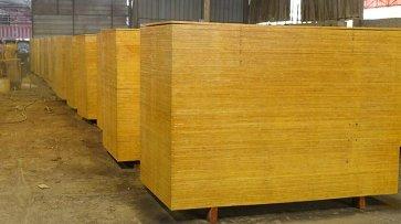 高质量平价松桉木模板