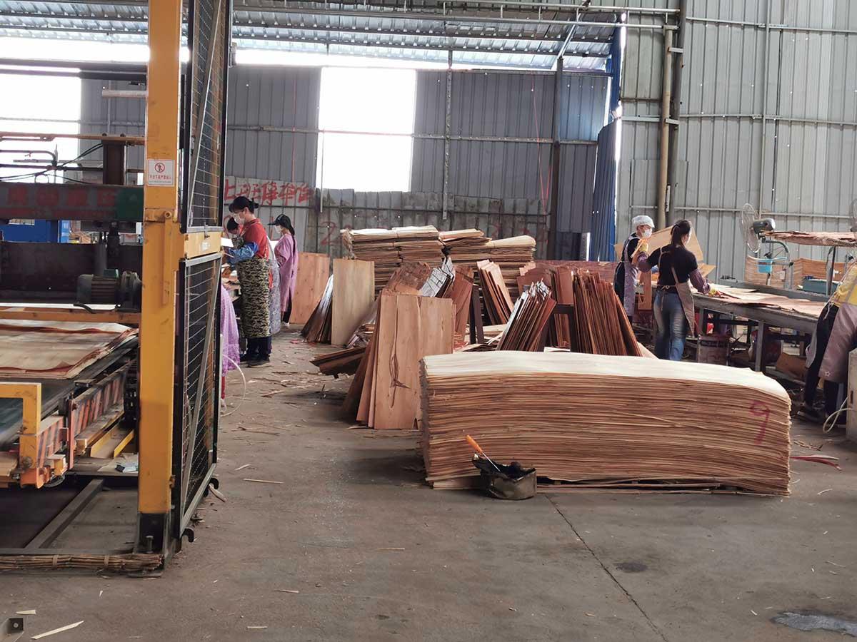 贵港灰狼木业